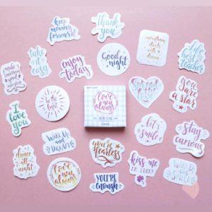 caixinha de adesivos com frases motivacionais