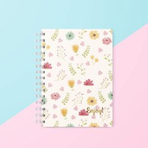 Caderno tamanho colegial capa primavera